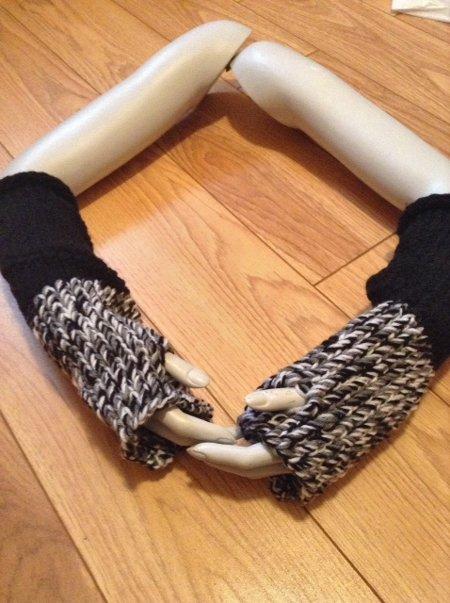 Black-and-Grey-Fingerless-Gloves